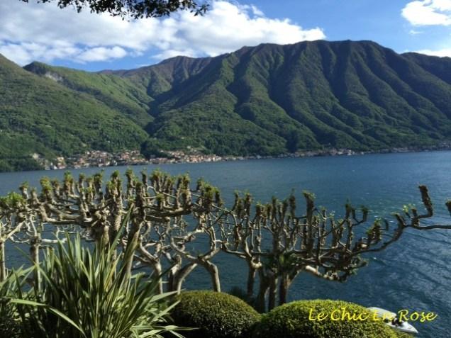 View across the lake from Villa del Balbianello