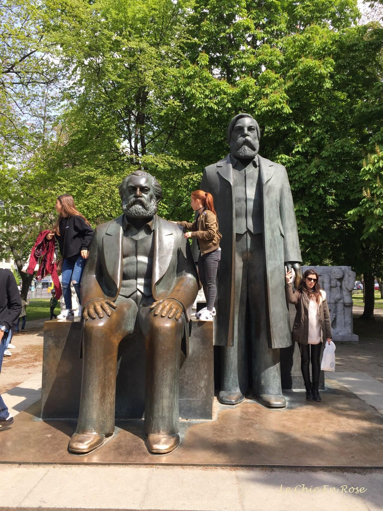 Statues in Marx-Engels Forum Berlin