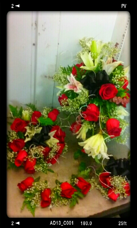 wedding-flowers-red-rose-style