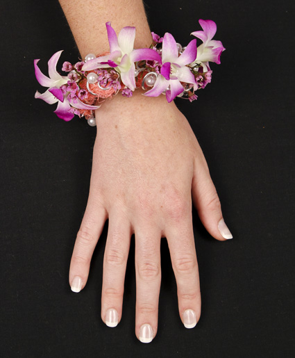 Chic Pink Wristlet Style Prom Corsage