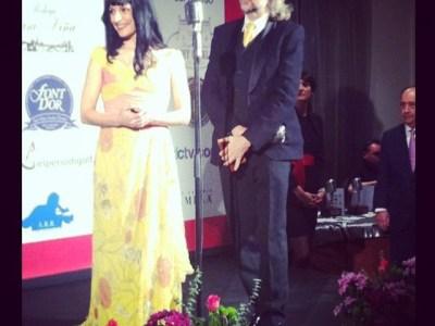 Nuestra #alfombraroja fue ayer con APEI-PRTVI y nos portamos muy bien ;)) #premiosapei2014