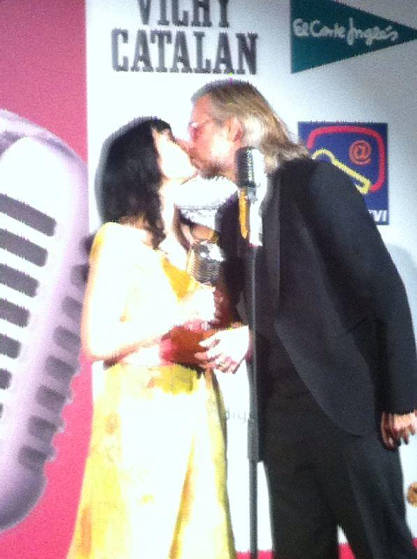 roser amills y victor amela premios apei 2014 vichy catalan