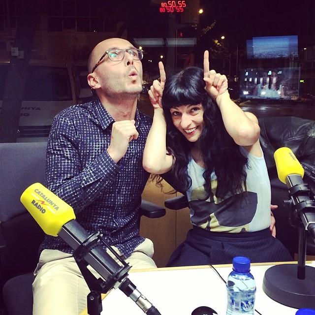 A #miliunanits la cabreta Roser i el gosset Dani Borrell avui parlarem de... #zoofilia !!!
