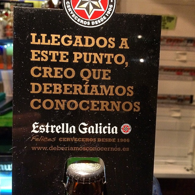 Concentración pre-partido mío de fútbol de mañana: ni beber ni follar? ;)) #elotrobar