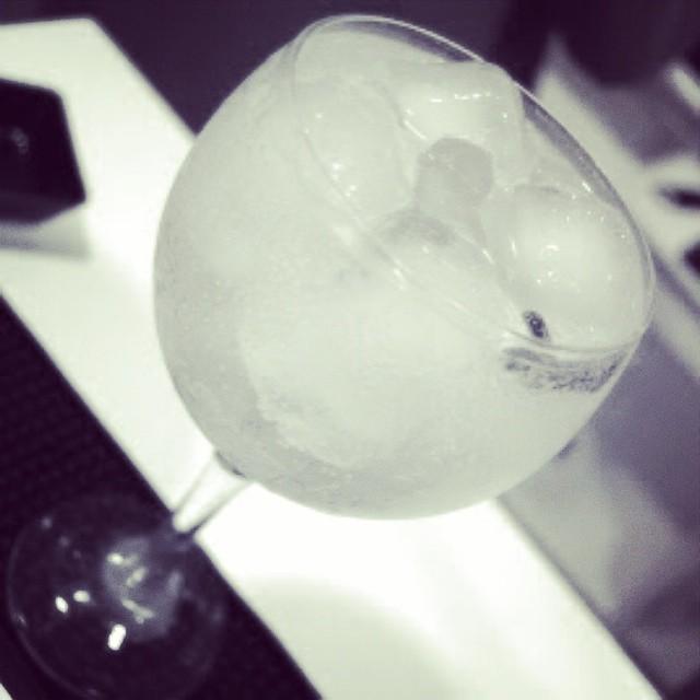 gintonic en barcelona hielo