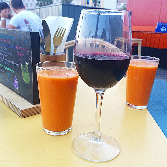 Vinito, gazpacho y alegría ;))