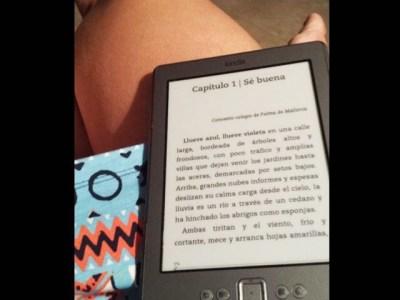 La gran Marta Rosell está leyendo #sébuena este verano y la magia ya ha empezado a hacerle efecto!!!!