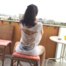 roser amills camiseta customizada espalda cortada