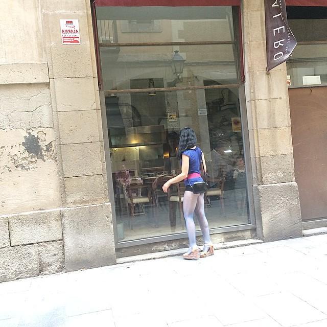 roser amills piernas shorts muy cortos born barcelona