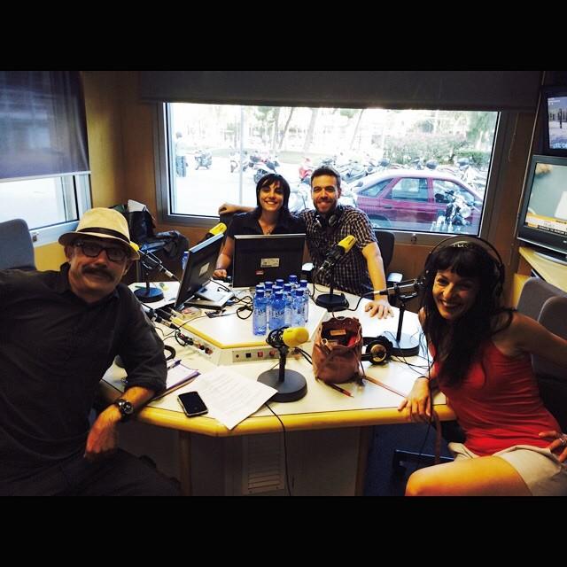 Avui hi ha hagut festa a #8dies amb la @mireiamallol @enricsanchez i @tonitora !!! A @catalunyaradio