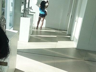 """""""Por qué pondrán los espejos tan altos?"""" #amillspublicwc dedicado a Luis Sola Vela y Manel Mira ;)) Ya sabe cada uno por qué"""
