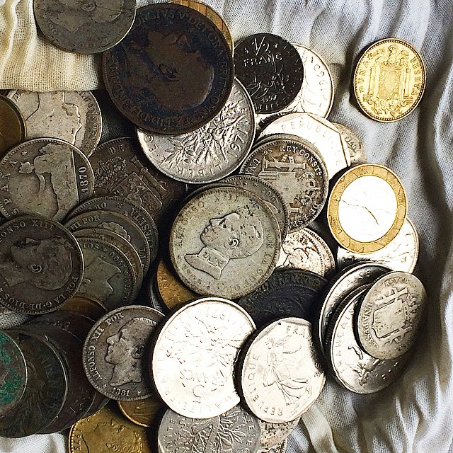 Ojo con ahorrar demasiado: el dinero también envejece ;)) #besosdomingueros