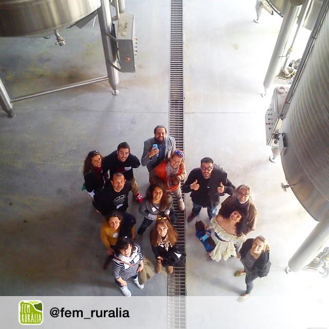 Repost from @fem_ruralia via @igrepost_app, Lluiiiiiiiiissss #vinstagram #abadalvisita #femruralia
