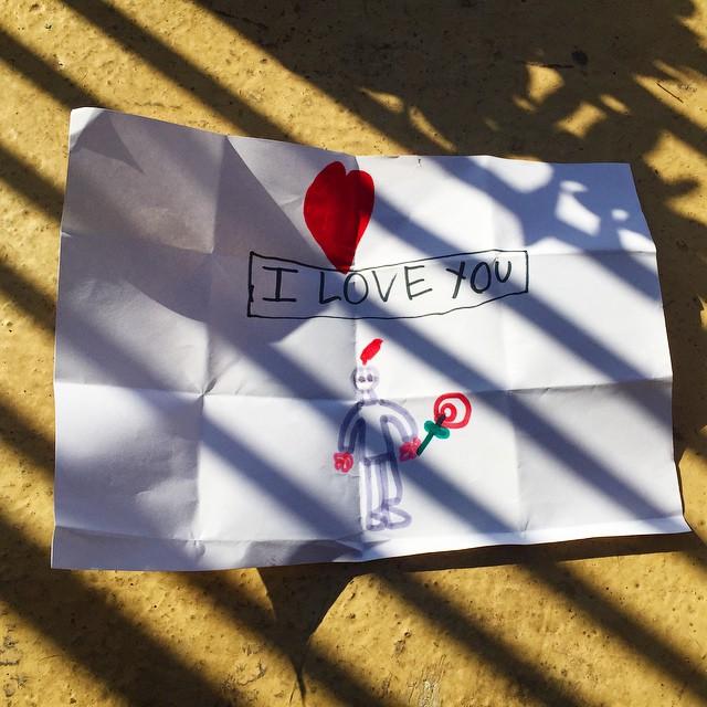 Mi hijo me ha regalado un dibujo de #santjordi2015 :)) #amor #alegria