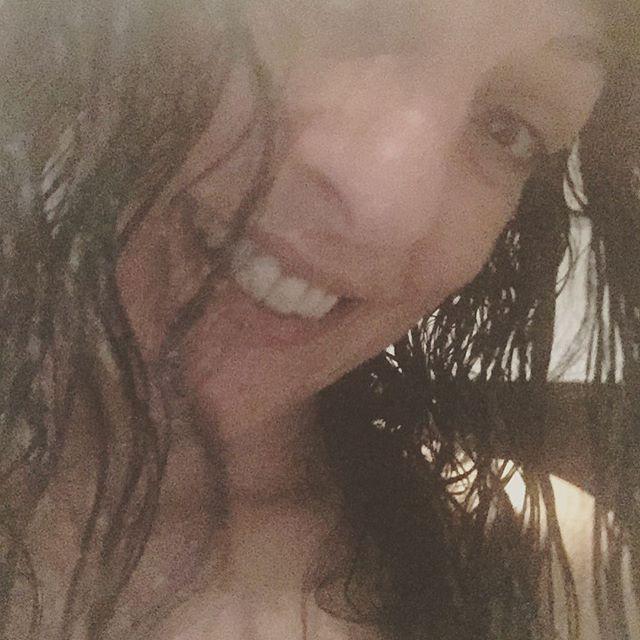 En efecto: te duchas dos o tres veces al día y estás fresquita... :))