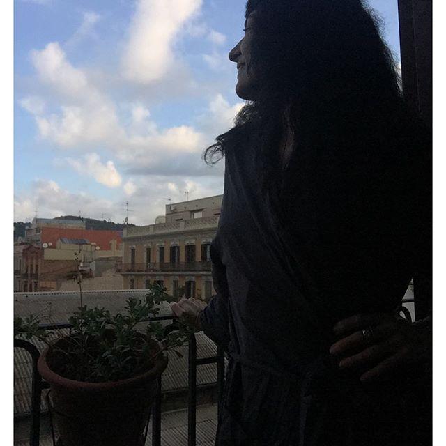 Habéis visto qué bonito cielo tenemos hoy?? #besosatodos y #felizdia ;))