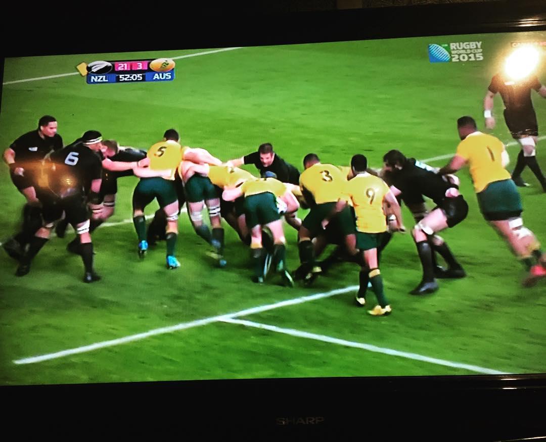 Acabo de descubrir que me gusta el rugby :)) #culitos #macizos