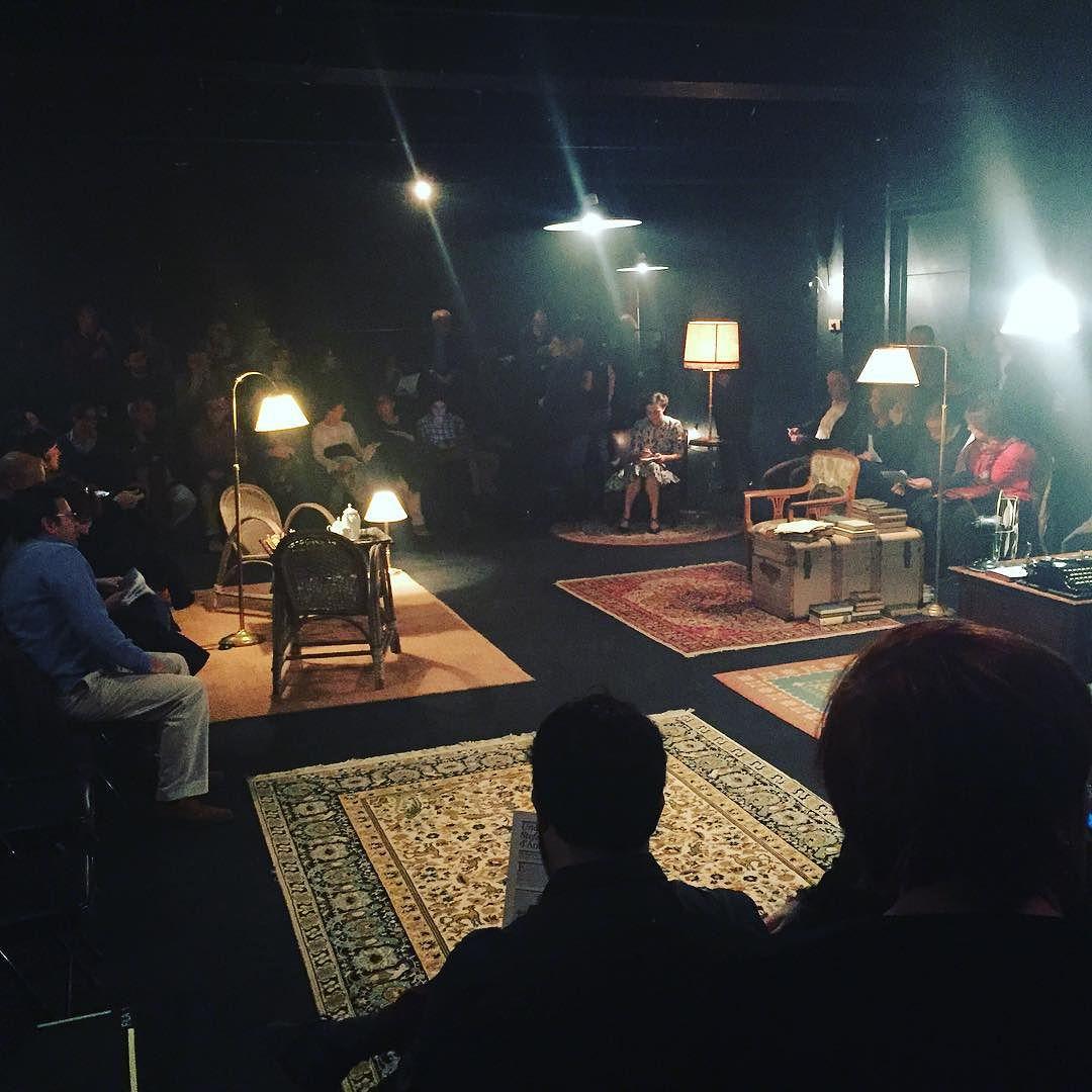 Avui toca #UnahoraZweig a @salabeckett gràcies a Sergi #Belbel i Gregor #Acuña !!