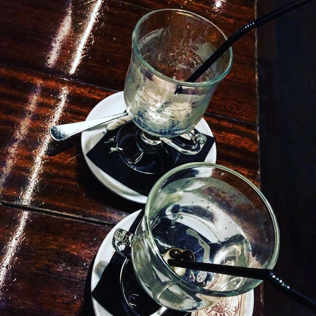 El #caféirlandés del Salambó nos invita a repetir pero no es prudente otra ronda :))