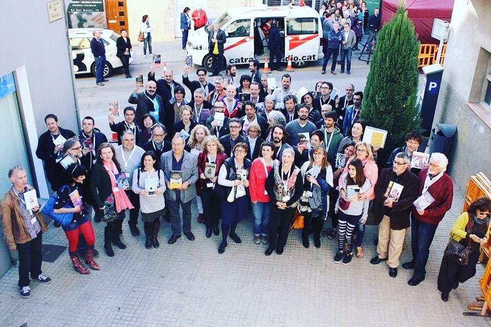 Gràcies al #berenar2016 a @ElCucutllibre demà comença #SantJordi2016 Ens veiem a #torroellademontgri a les 16:30h