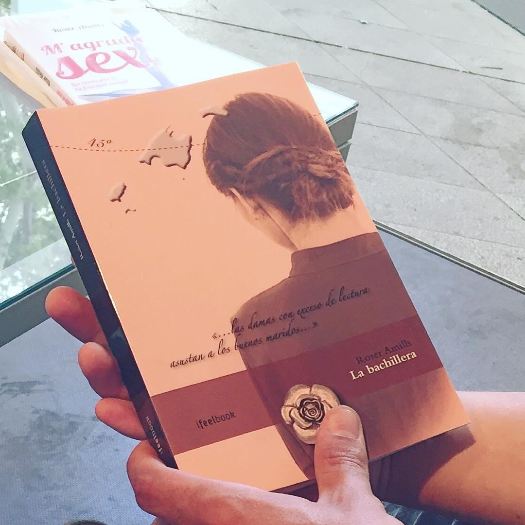 """La bachillera: """"las damas con exceso de lectura asustan a los buenos maridos"""". #Labachillera #escritora #mallorquina #algaida #palmademallorca #clubdelectura #llibres #libro #books #bookshop #libreria #llibreria #bestseller #leermola #leeressexy #lecturas #booklover #bookstagram #cultura #regalalibros #regalallibres #mallorcainspira"""
