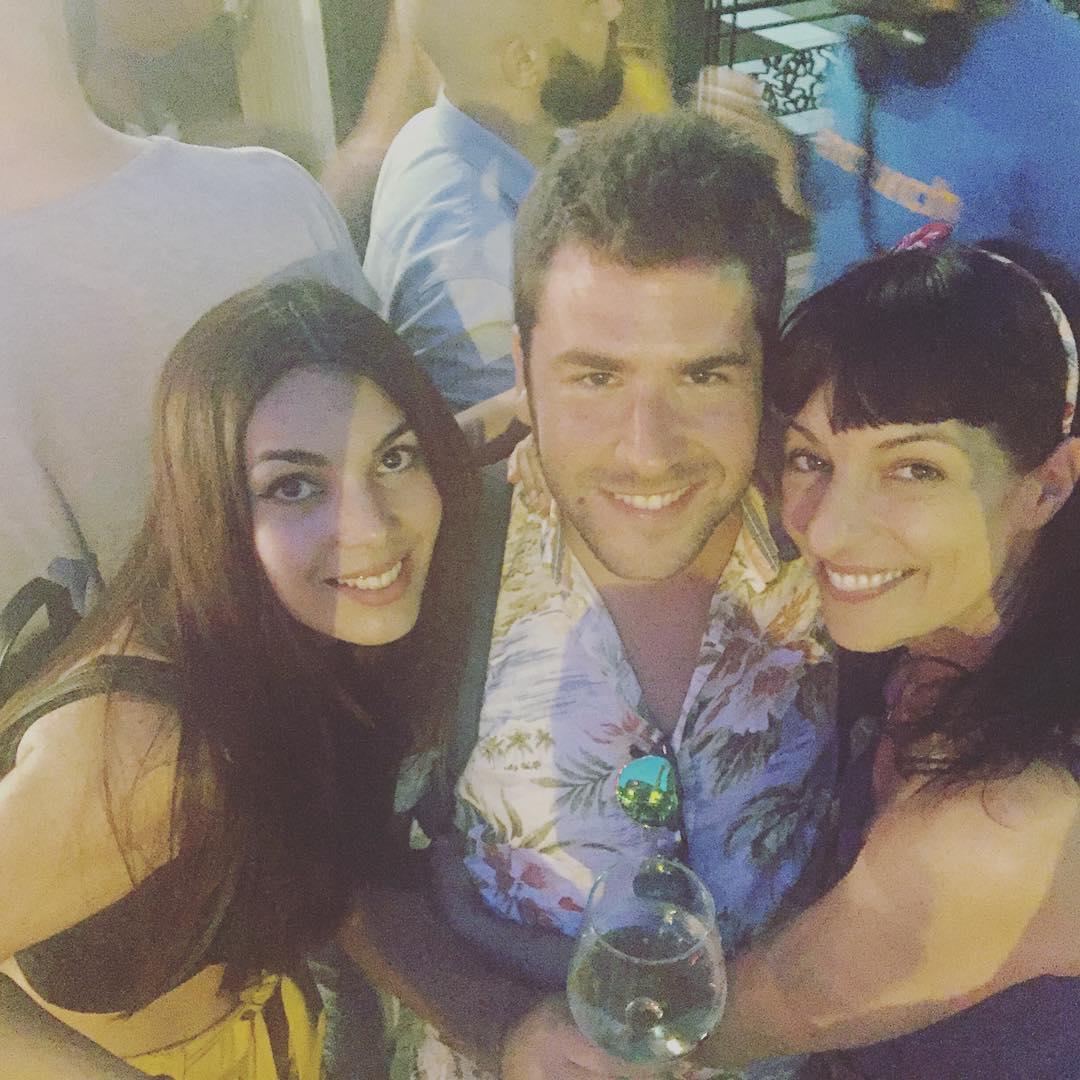 Con @victorclares y @tania_lozano el @vinoafortunado sabe mejor!! #momentoafortunado #vinoafortunado ;))
