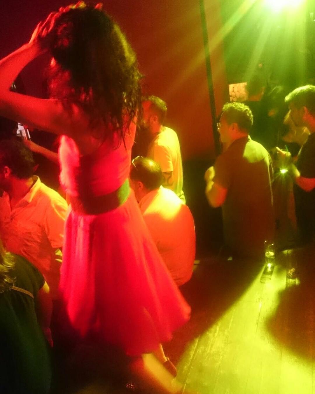 Me gusta bailar y poco son me basta ;))