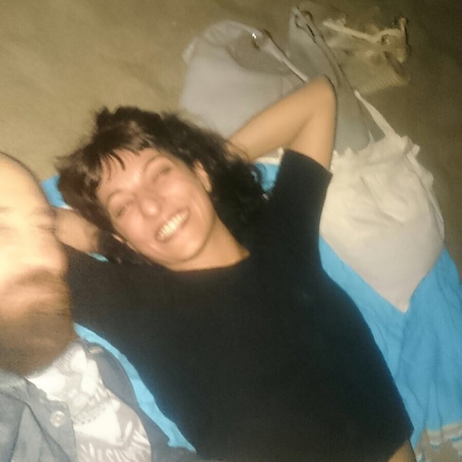 Sonrisa: gesto de curvar suavemente la boca que indica generalmente alegría, emoción o placer ;)) Con @marco_blued