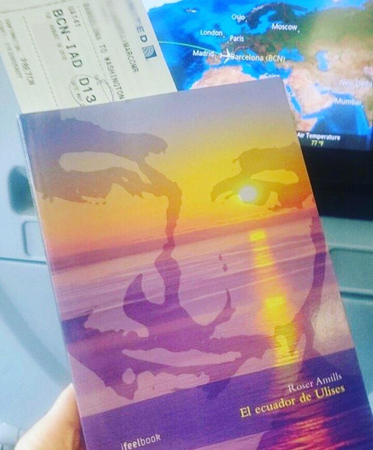Long flight...amazing reading #elecuadordeulises!!! Gracias mi amor @marco_blued