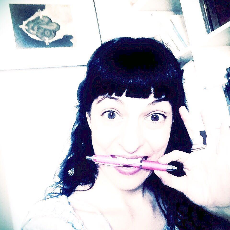 """Esta es la cara de """"escritora acaba de tener una idea nueva 100%"""" #novela2017 ;))"""