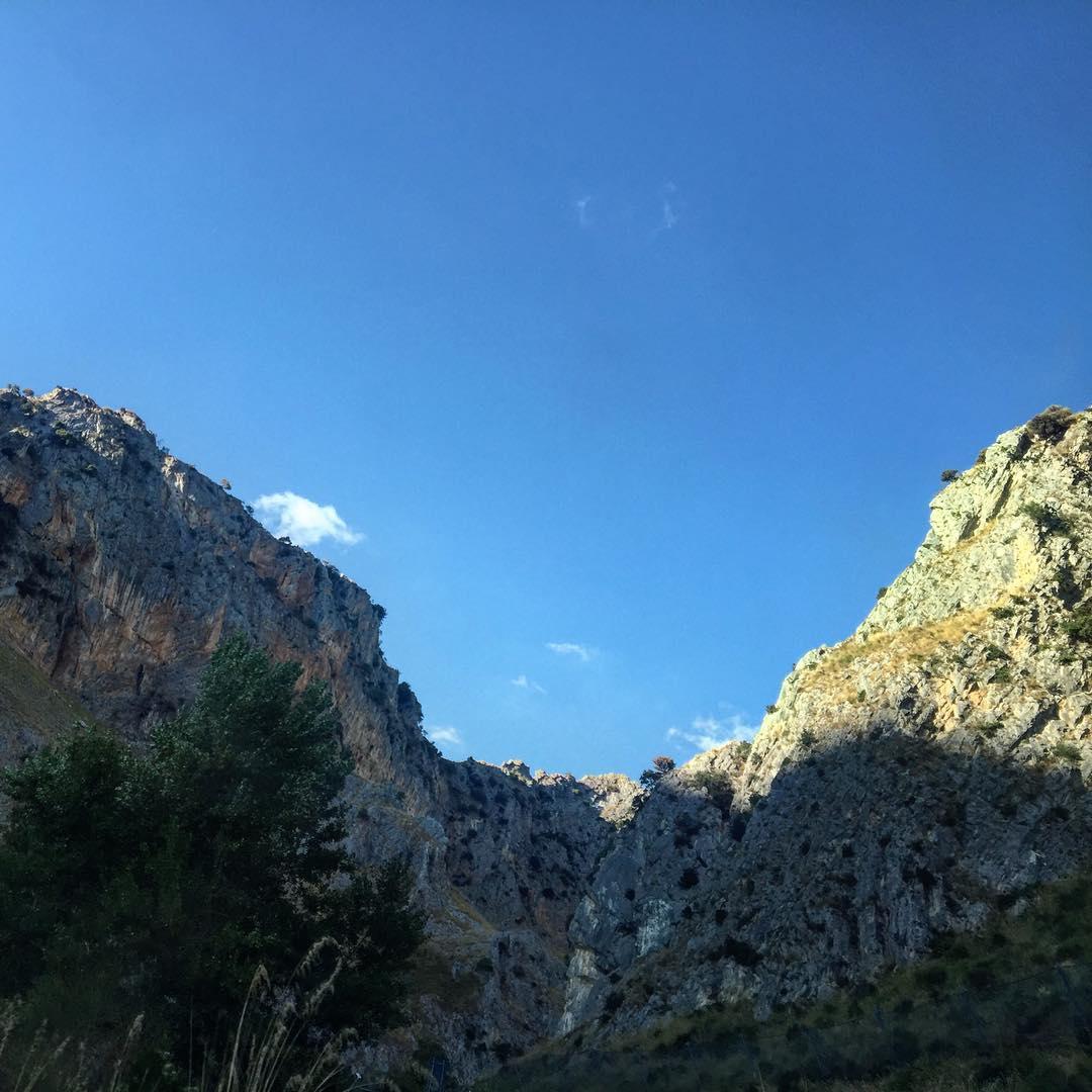 Os muestro unas montañas de #palinuro #salerno