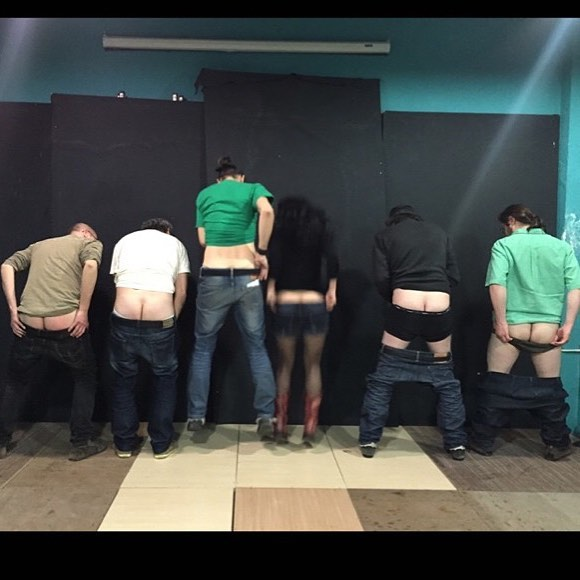 Al #amillspublicwc también se apuntan hombres. Esta foto es de 2015 y @lborras reconocerá a algún poeta :))