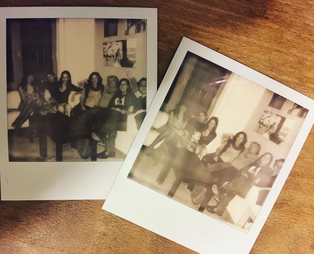 Polaroids de un recital y lo disfrutan. Pronto habrá otro