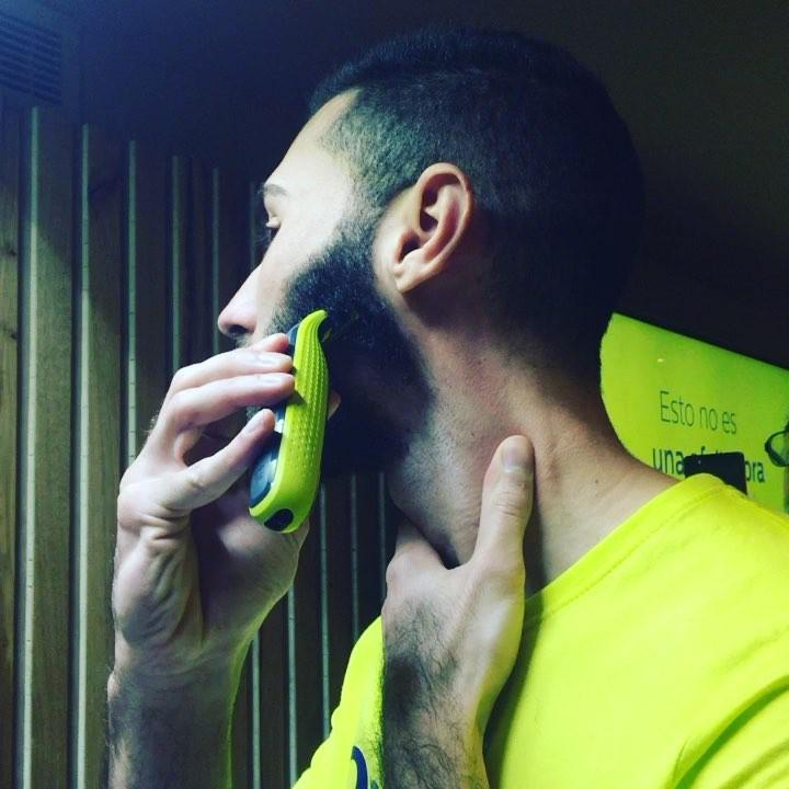 ¿Cómo les gusta llevar la #barba a los #millenials ? Evento #OneBlade #estoesoneblade en @bellavistabcn