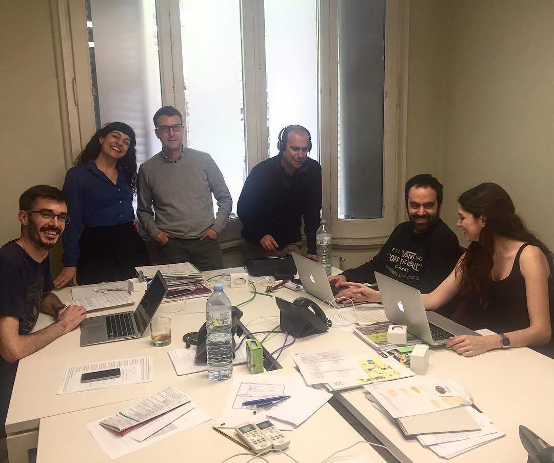 Hoy he visitado la redacción de #metropoliabiertabcn y aprovecho para mostraros a parte del equipo: son geniales!