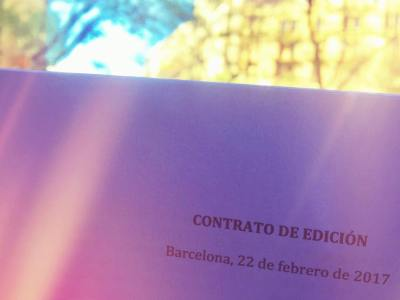 Contrato de edición de mi #novela2017 firmado, pronto os seguiré informando #almasbonitas :))