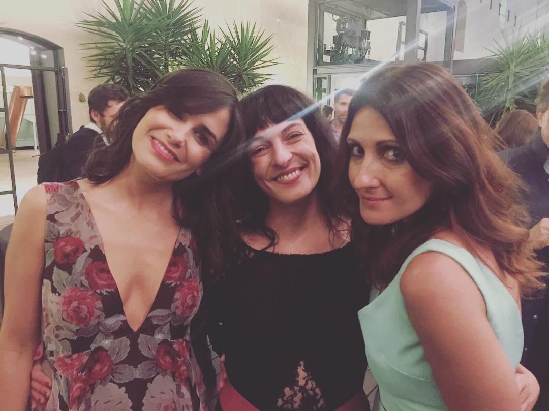 Con las dos bellas y sabias Elena Sànchez y Sònia Urbano pasamos ayer revista al poderío femenino de estos #premissantjordi2017 #premissantjordi de @rtve #AntigaFàbrica @rtve @rtvecomunicacion @tve_catalunya