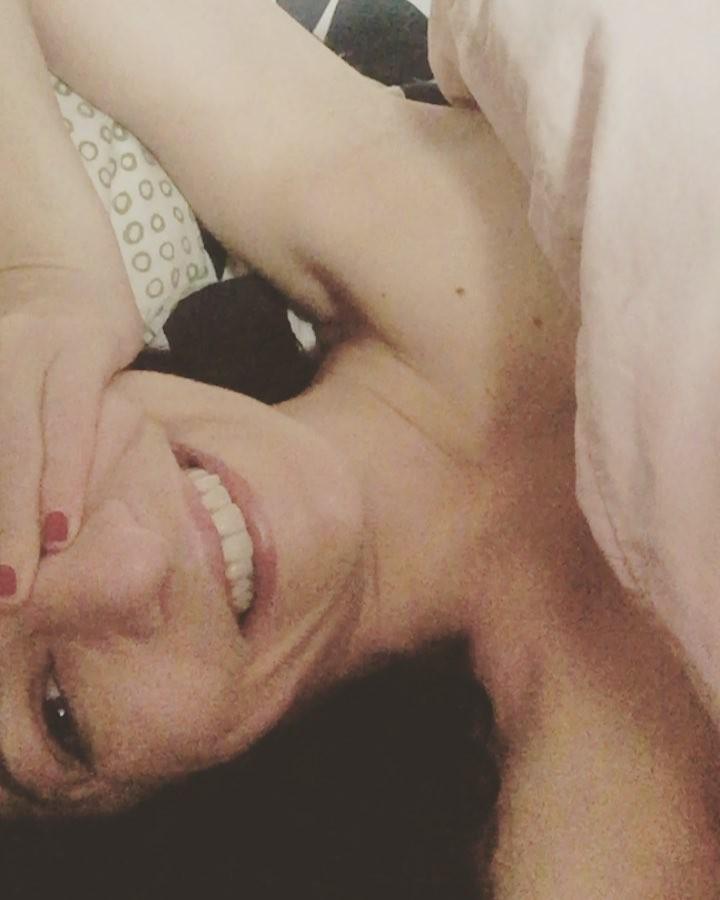 Tengo sueñooooo 😉 #amillsmorning #bondia #buenosdias #goodmorning #morning #day #barcelona #barridegracia #daytime #sunrise #morn #awake #wakeup #wake #wakingup #ready #sleepy #sluggish #snooze #instagood #earlybird #algaida #photooftheday #gettingready #goingout #sunshine #instamorning #early