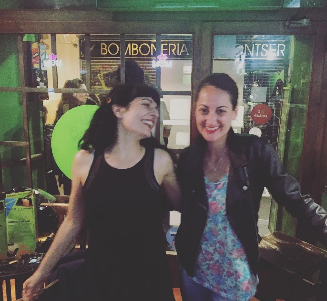Roser Amills Otro Bar es mil veces mejor con @lamadredelcomanche :))