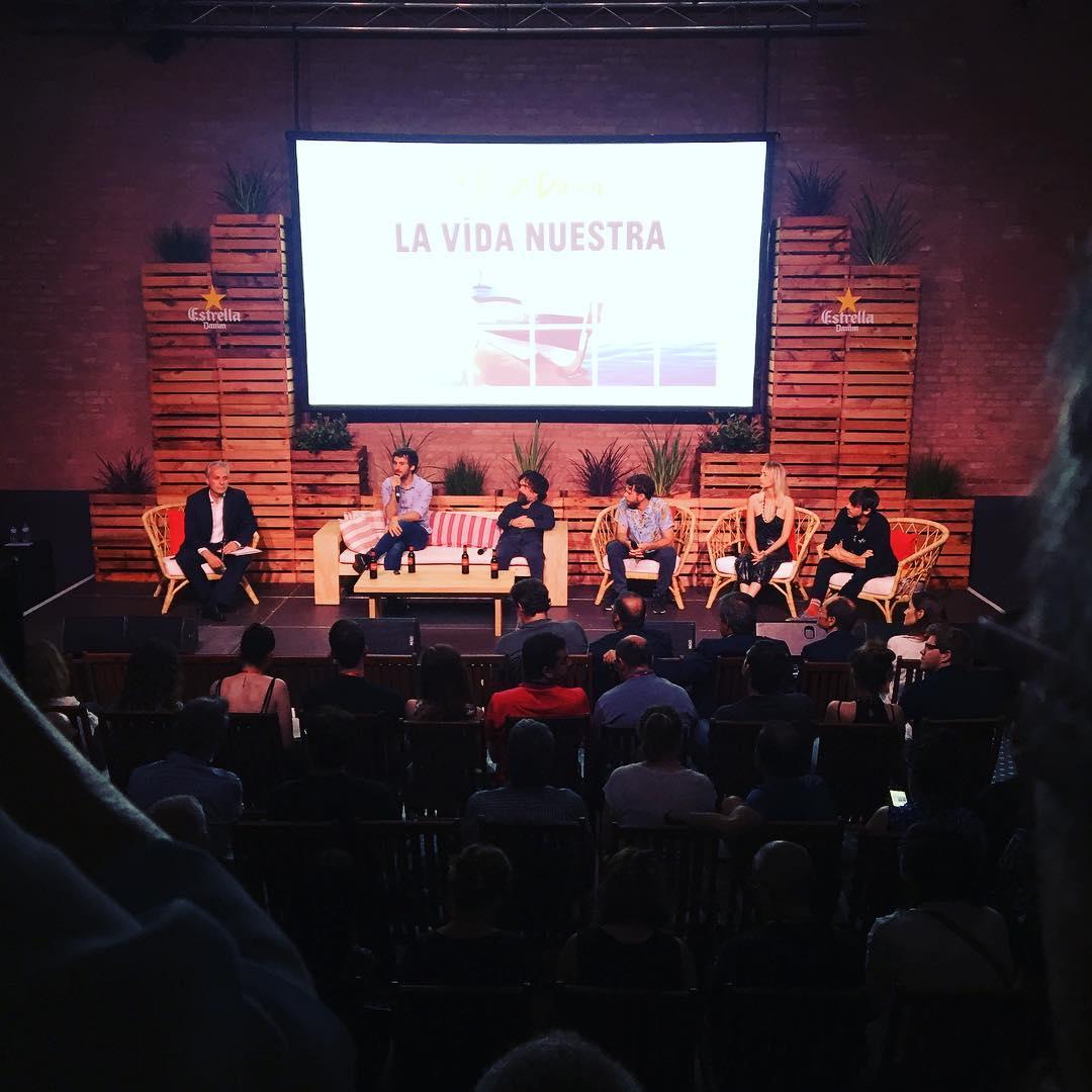 Me encanta #PeterDinklage en la presentación de #LaVidaNuestra 👌@estrelladamm