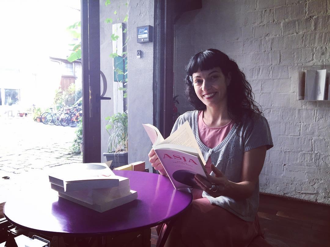 Os presento a #asjalacis Acaba de renacer en forma de novela. El 11 estará en todas las librerías!!!