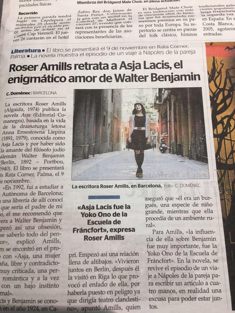 roser amills foto de @carlesdomenec en la que digo #graciasporleer :))