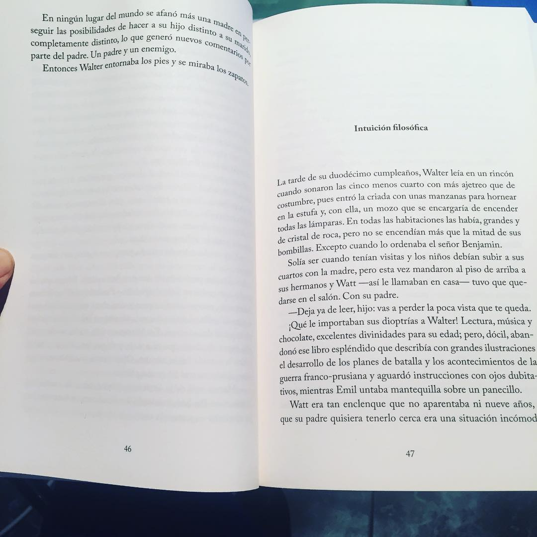 En la novela #Asja cuento también cómo era Walter Benjamin. Una historia de amor, dos biografías, dos guerras mundiales, una revolución… #asjalacis & #walterbenjamin