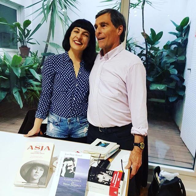 Gracias #jeanpierrebonnel por las fotos de nuestra agradable conversación sobre #asjalacis & #walterbenjamin 📚en @llibreriajaimes