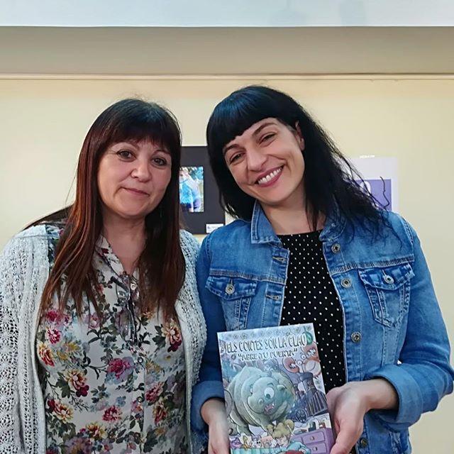"""roser amills Conchi a la presentació d'""""Asja. Amor de dirección única"""" a la @bllagosta. Gràcies per fomentar la lectura com ho feu!!!"""