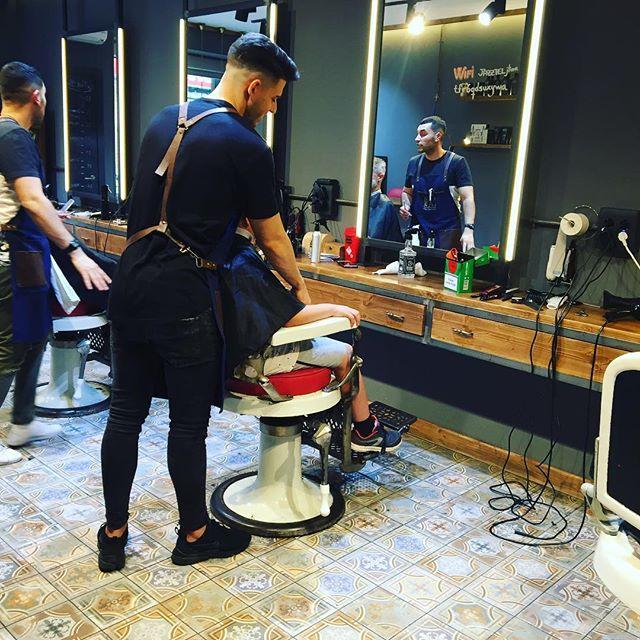 Niños que piden cortarse el pelo en barberías #hipsterstyle :))