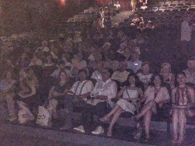 Teatre ple pel recital final Festival Poesart Artà #PoésArt2018
