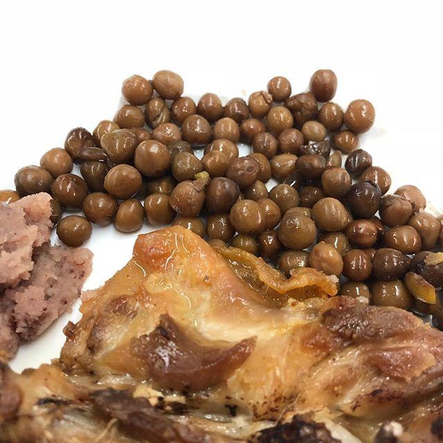Acabo de descobrir a Berga els #pèsolsnegres i la #patataemmascarada i m'agrada molt!