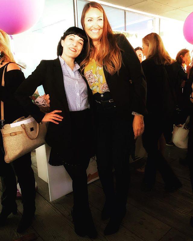 El encuentro con @nuriasoterasbeauty directora de @backstagebcn la vida es bella ;)) #W360Congress en @esadecreapolis #SantCugat #Barcelona #business #salud #mujeres #Agenda2030 @icdones @women360congres #ehealth #empresa