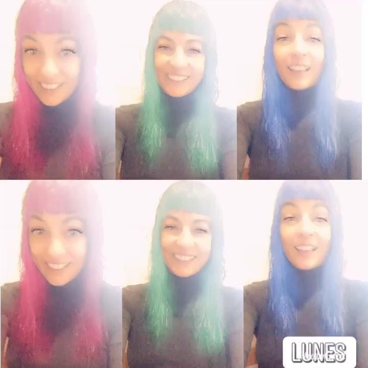 Me he teñido el pelo de colores, a ver qué os parece :))